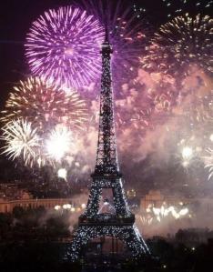 Feu-d'artifice-du-14-juillet-paris-2012